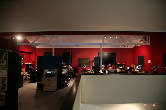 Так выглядит офис фирмы, где делают сайты Beautiful Agony и Ishotmyself