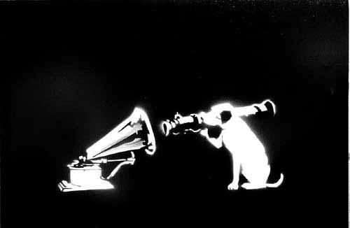 Рисунок Бэнкси - собачка расстреливает фонограф.