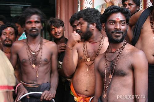Жрецы Субраманиама, сфотографированные в Гокарне в январе 2007 года. Фото: Глеб Давыдов