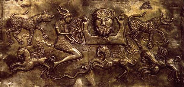 Дагда, Котел из Гундеструпа Позолоченное серебро 100г. до н.э.
