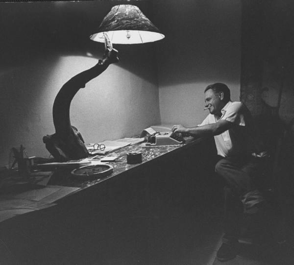 Лоренс Даррелл. Фото из архива журнала LIFE