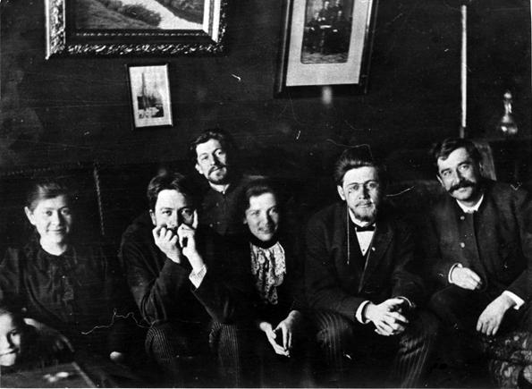 Чеховы и гости в кабинете главного дома. Мелихово, март 1892