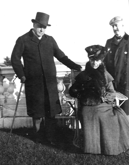 Edith_Wharton_Henry_James_and_Howard_Sturgis_on_The_Mount_terrace_1904.sized_