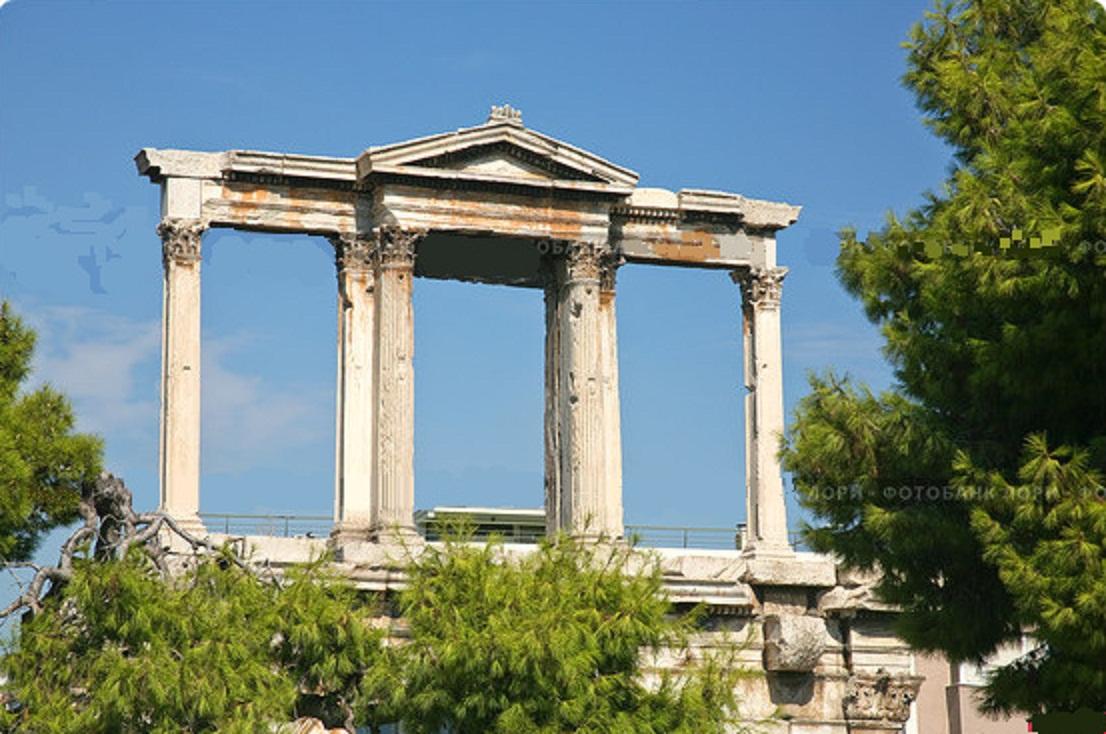 Арка Адриана в Афинах. 131 г. н.э.