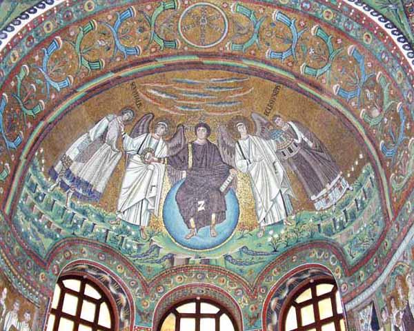 Мозаика конхи апсиды (Спас Эммануил) церкви Сан-Витале в Равенне. 526-547.