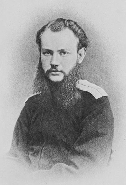 Пётр Кропоткин. Фотография 1864 года, сделанная во время экспедиции в неисследованные районы Сибири