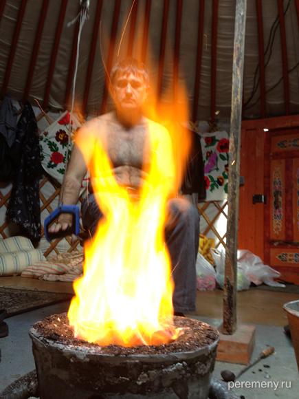 Адепт Огненной алхимии - плавится