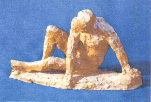 «Надо встать». Керамика (красная глина). 20х35х14 см. 1990 г.