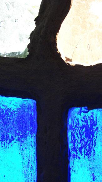 В.Крюков: бетон, немецкое витражное стекло