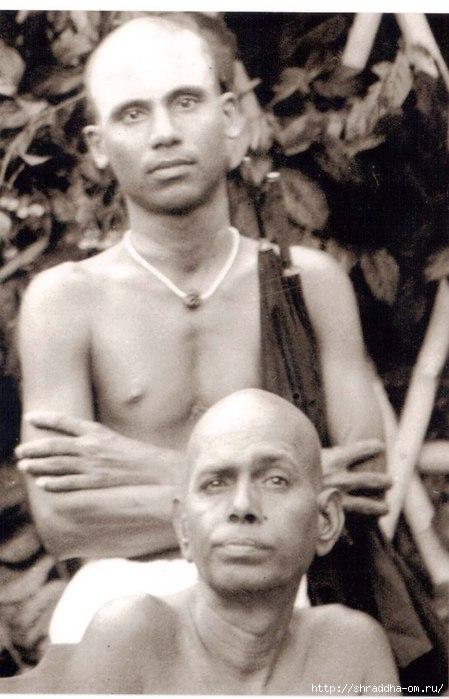 Молодой Аннамалай с Раманой Махарши