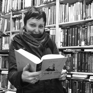 Татьяна Резвых, научный сотрудник дома-музея С.Дурылина. Со «свежачком» – книгой А.Тесли об И.Аксакове