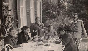 Гости в Абрамцево
