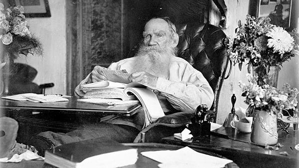 Лев Толстой в день своего восьмидесятилетия