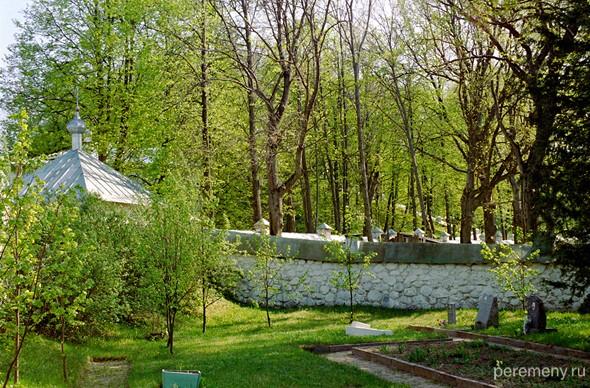 Святогорский Успенский монастырь. Фото Олега Давыдова