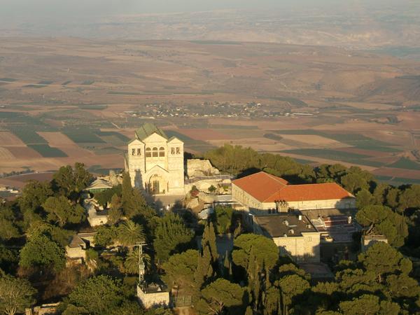 Церковь Преображения на горе Фавор