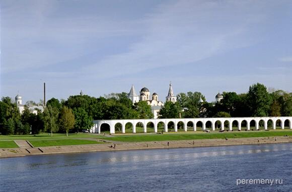 Великий Новгород. За Волховом Торговая сторона. Фото Олега Давыдова