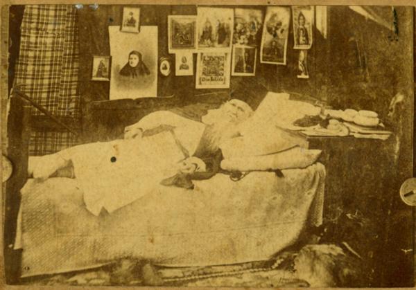 Амвросий Оптинский на одре болезни