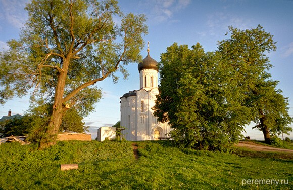 Церковь Покрова на Нерли. Фото Олега Давыдова