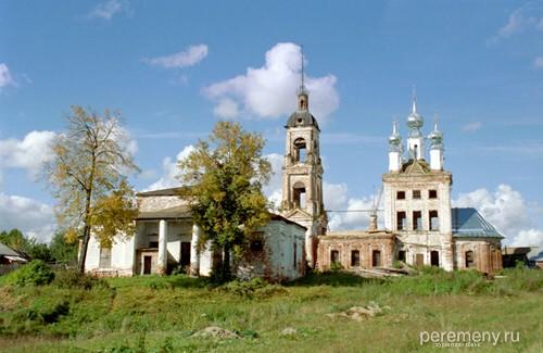 Пятницкая церковь возле Николо-Шартомского монастыря. Фото Олега Давыдова