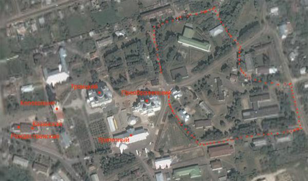 На этом снимке виден весь Дивеевский монастырь. Красным пунктиром показана Канавка Богородицы