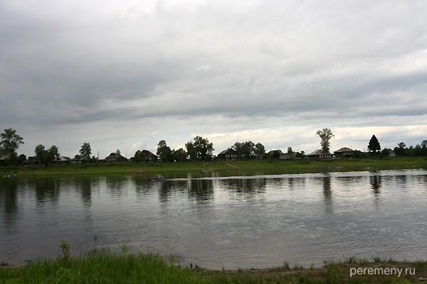 Взгляд из Шуйского на другую сторону Сухоны. Фото: Олег Давыдов