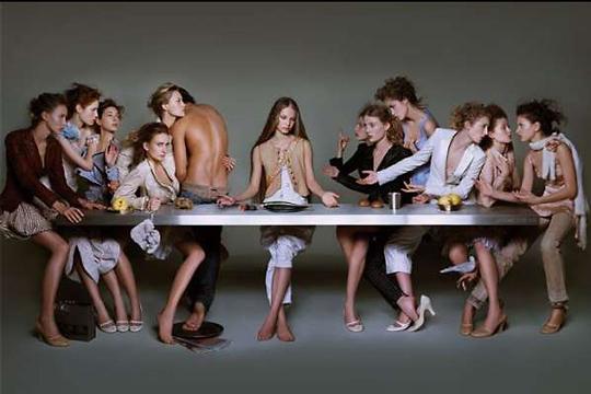 Тайная вечеря. Реклама какого-то знаменитого дома модных моделей. Иисус Христос - мощный бренд, которым могут пользоваться все, не только христианские церкви
