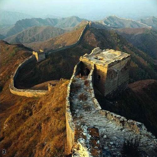 Великая Китайская стена тоже может быть инструментом сковывания - и себя и противника