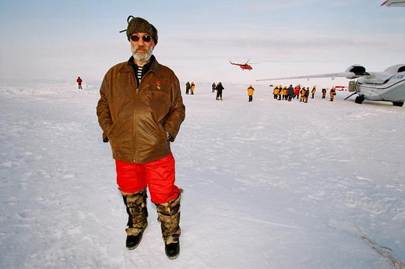 Артур Чилингаров, герой России и российский политик