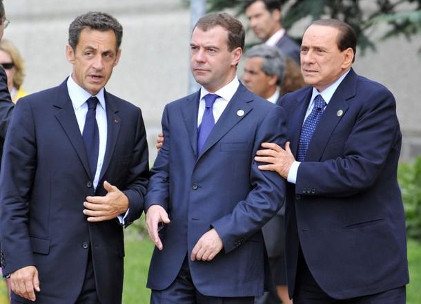 Слева направо - Саркози, Медведев, Берлускони