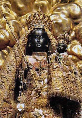 Черная Мадонна из монастыря Айнзидельн в Швейцарии
