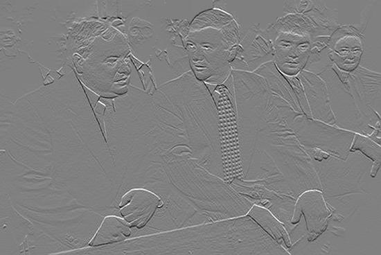 Театр теней. Гайдар, Чубайс, Немцов и Хакамада.  Эскиз барельефа для памятника Ельцину. Счастливые мысли посещают иногда художников-соцартистов, научившихся пользоваться фотошопом. Вот Дмитрий Врубель принял смелое решение изготовить изображения либеральных мертвецов