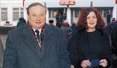 Егор Гайдар с дочерью Машей. Здесь видно, что она такая же красивая, как отец