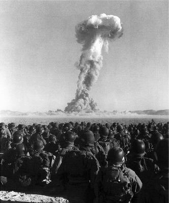 испытание атомной бомбы в США