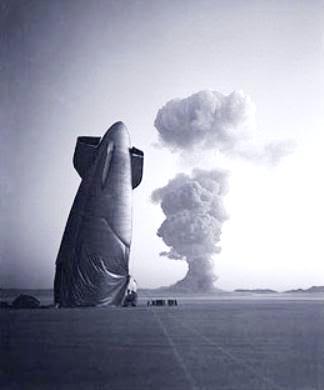 дирижабль и атомный взрыв