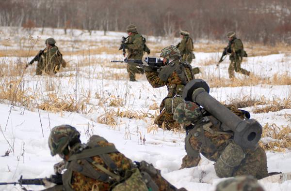 Учения японских военных на Хоккайдо