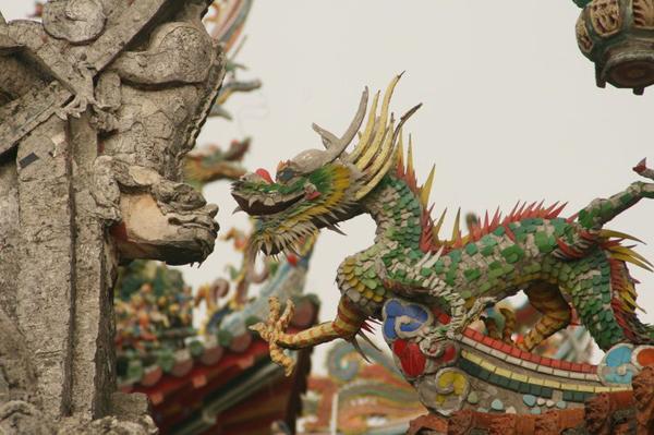 Китайский дракон и неведома зверушка