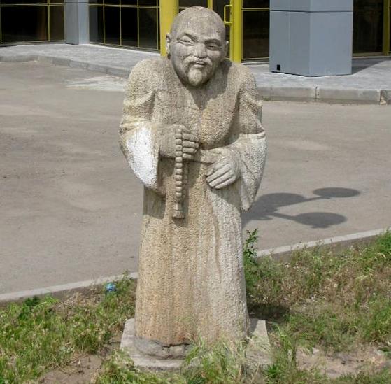 Где-то в Китае. Монах, похожий на Ленина