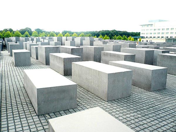 Памятник жертвам Холокоста, Берлин