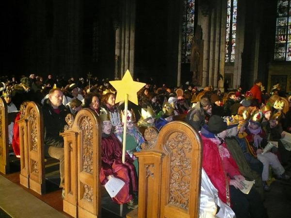 Дети в Кельнском соборе