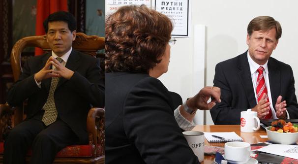 На фото слева посол КНР в России Ли Хуэй. Справа - Майкл Макфол дает урок демократии Евгении Альбац