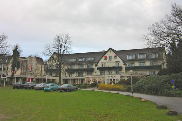 Отель Бильдерберг, где в 1954 году прошло первое собрание Бильбербергского клуба