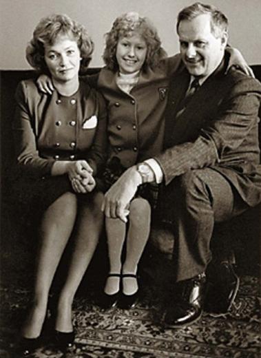 Ксюша Собчак с папой и мамой