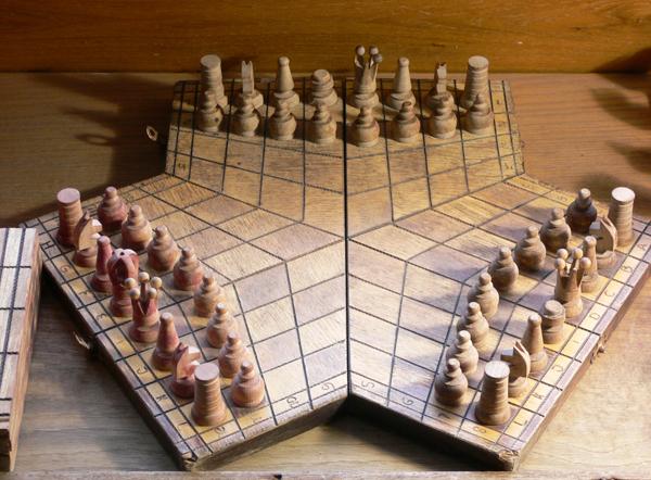 Шахматы для трех игроков