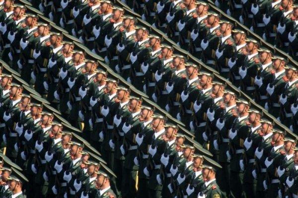 Китайские войска на параде