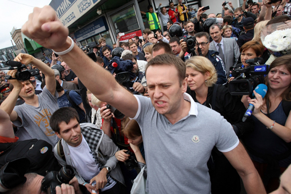 Алексей Навальный на митинге