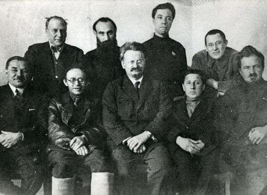 Лев Давидович Троцкий в 1927 году