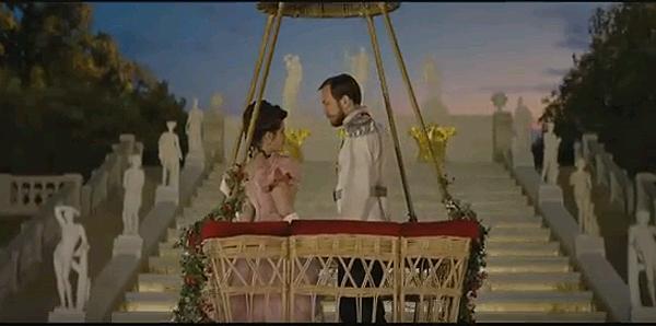 Кадр из фильма Алексея Учителя Матильда