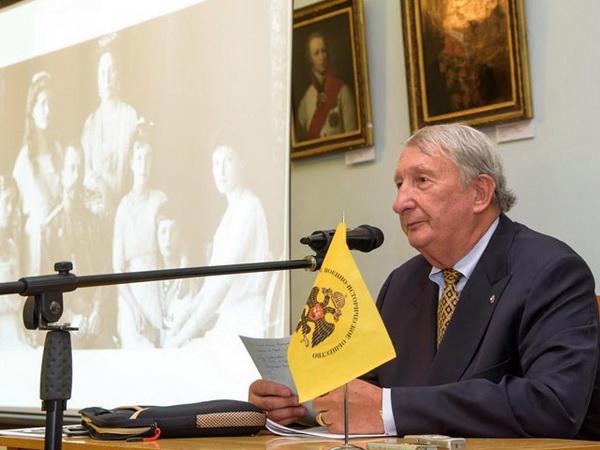 Заместитель председателя монархического движения Двуглавый орел князь Александр Александрович Трубецкой