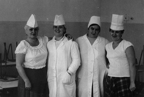 Работницы питания