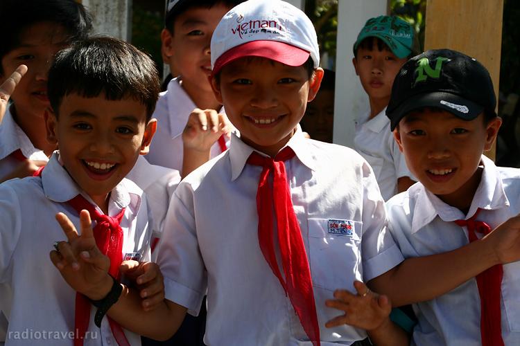 vietnam-boys, вьетнамские пионеры